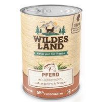 Wildes Land Pferd mit Süßkartoffeln, Wildkräutern und Distelöl